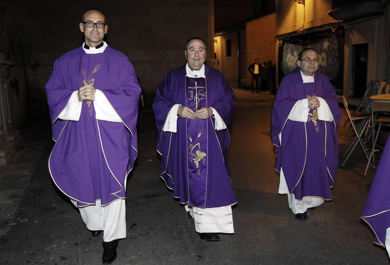 Misa de despedida del párroco José Luis Úbeda en Santa María