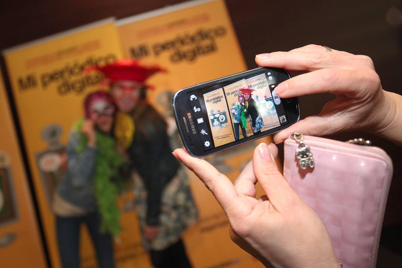 El divertido 'photocall' de 'Mi Periódico Digital'